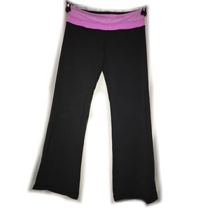 Lululemon yoga pants size 8